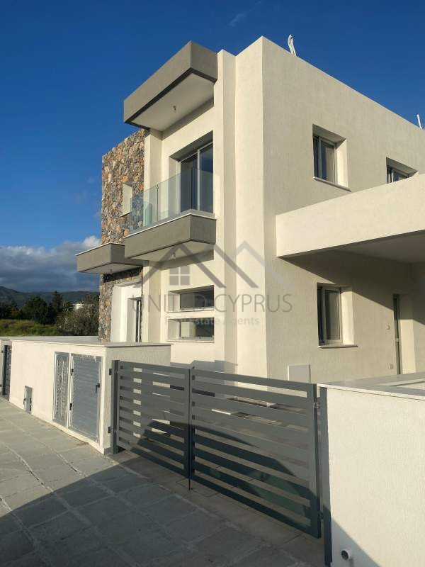 NICOLAOU HOUSE 1 FRONT (2)